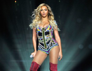 120614-beyonce-album-of-the-year-594