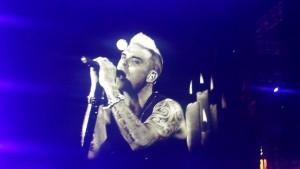 Robbie Williams live concert Bucuresti 2015 13